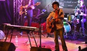 Arcore, boom di pubblico per l'omaggio a Lucio Battisti