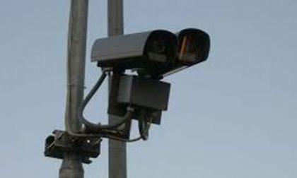 Bernareggio: mille multe all'anno al semaforo di via Matteotti