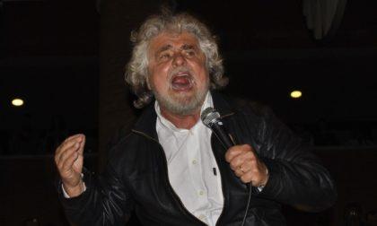 Big del Movimento 5 stelle in piazza a Monza... Grillo in forse fino all'ultimo