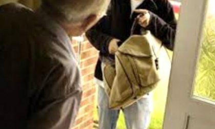 Burago: si fingono volontari e raggirano un'anziana