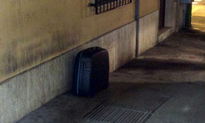 Carnate, allarme valigia abbandonata