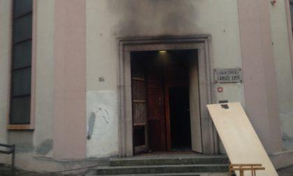 """Desio, vandali scatenati devastano sala civica """"Levi"""""""