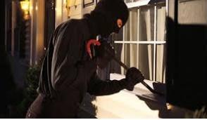 Giussano, ladri scatenati: furti a raffica in tutta la città