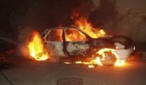 Giussano, notte di fuoco: due auto incendiate in centro