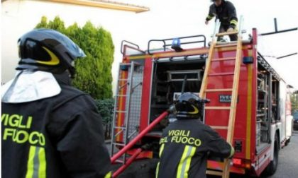 Giussano, pompieri in via in via Barrio