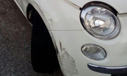 Monza, auto ribaltata in via Luigi Villa