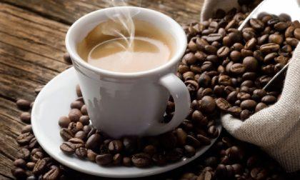 Caffè servito al bancone: scatta la multa da 400 euro