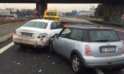 Monza, scontro tra due auto in Valassina