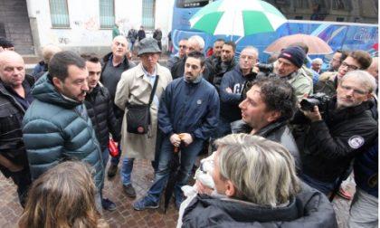 Profughi, protesta davanti alla Prefettura: Salvini a Monza