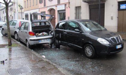 """Seregno:  """"Troppi pericoli in via Cairoli"""""""
