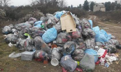 Seregno: una discarica accanto ai defunti