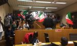 Monza: CasaPound, blitz in Consiglio comunale. VIDEO
