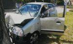 Seregno: dopo lo schianto auto contro un albero