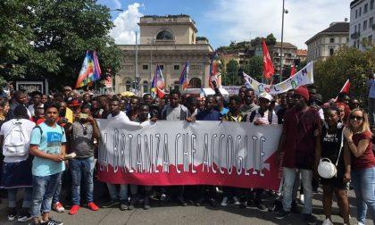 Marcia dei migranti a Milano, a Monza polemica