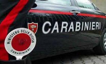 Meda, si rifiutano di servirla, Carabinieri all'Asl