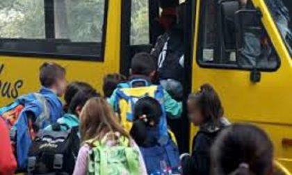 Un positivo, il Comune sospende uno dei servizi di trasporto scolastico
