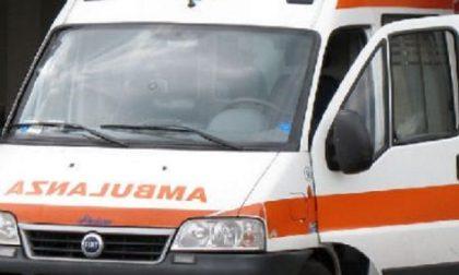 Scontro auto bici: 74enne in ospedale