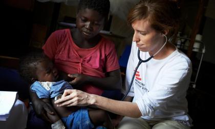 Medici senza frontiere a Monza: storie di eroi e missioni umanitarie