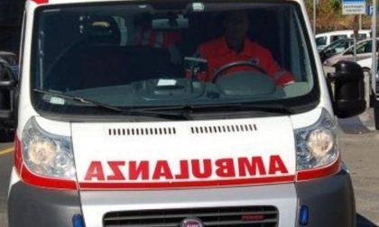 Bimba dimenticata in auto, sfiorata la tragedia