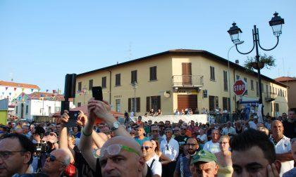 """Profughi a Lazzate, Monti: """"Lavoreremo a due condizioni"""""""