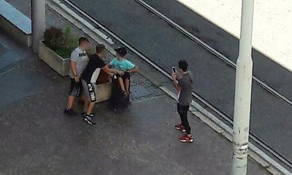 """Baby bulli in centro a Desio, davanti ai Carabinieri: """"E' stato un gioco"""""""