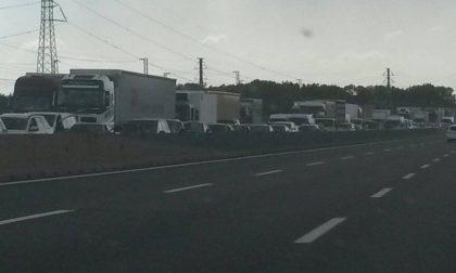 Camion si ribalta sull'A4: possibili disagi per i turisti del GP