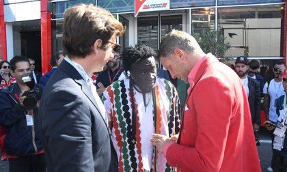 Gp: arriva anche Lapo in rosso Ferrari