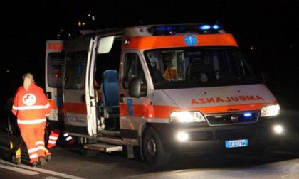Sirene di notte: scontro tra due auto a Carate Brianza
