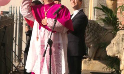 Ingresso ufficiale dell'arcivescovo: con Delpini c'è don Stefano