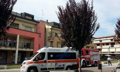 Incendio a Limbiate, gravissima una donna di 83 anni