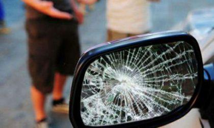 Ancora un automobilista vittima della truffa dello specchietto