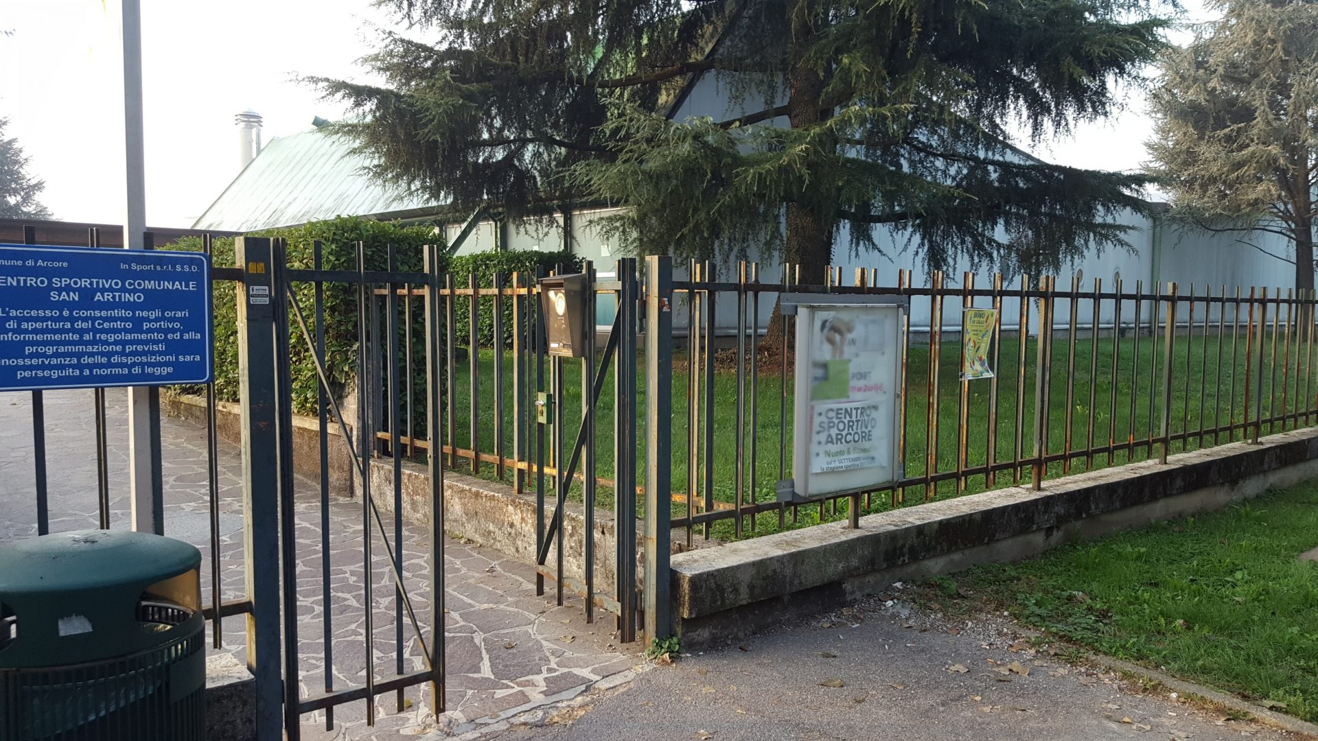 Arcore 75enne accusa un malore in piscina giornale di monza for Piscina arcore