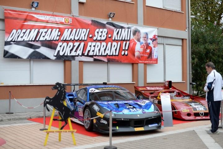 Ferrari club in festa