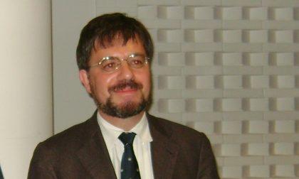 """Il professore """"scomunica"""" Papa Francesco"""