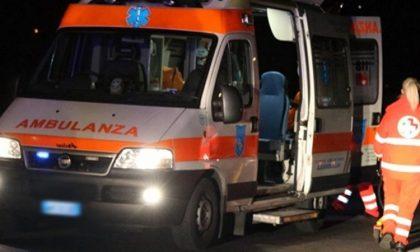 Auto contro ostacolo a Monza, soccorse due giovani