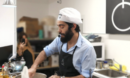 Lo showcooking di Lorenzo Biagiarelli contro gli integralismi in cucina