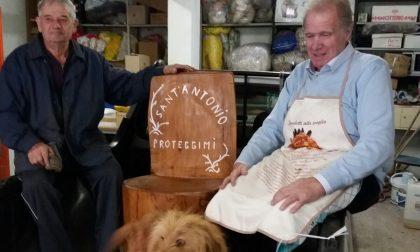 Scampato a una tragedia ringrazia Sant'Antonio con una sedia