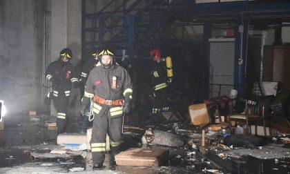 Incendio Vimercate ex Cesana IL VIDEO E LE FOTO