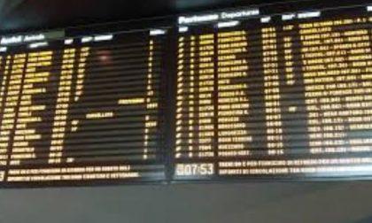 Caos treni guasto a Carnate risolto ma ritardi di un'ora
