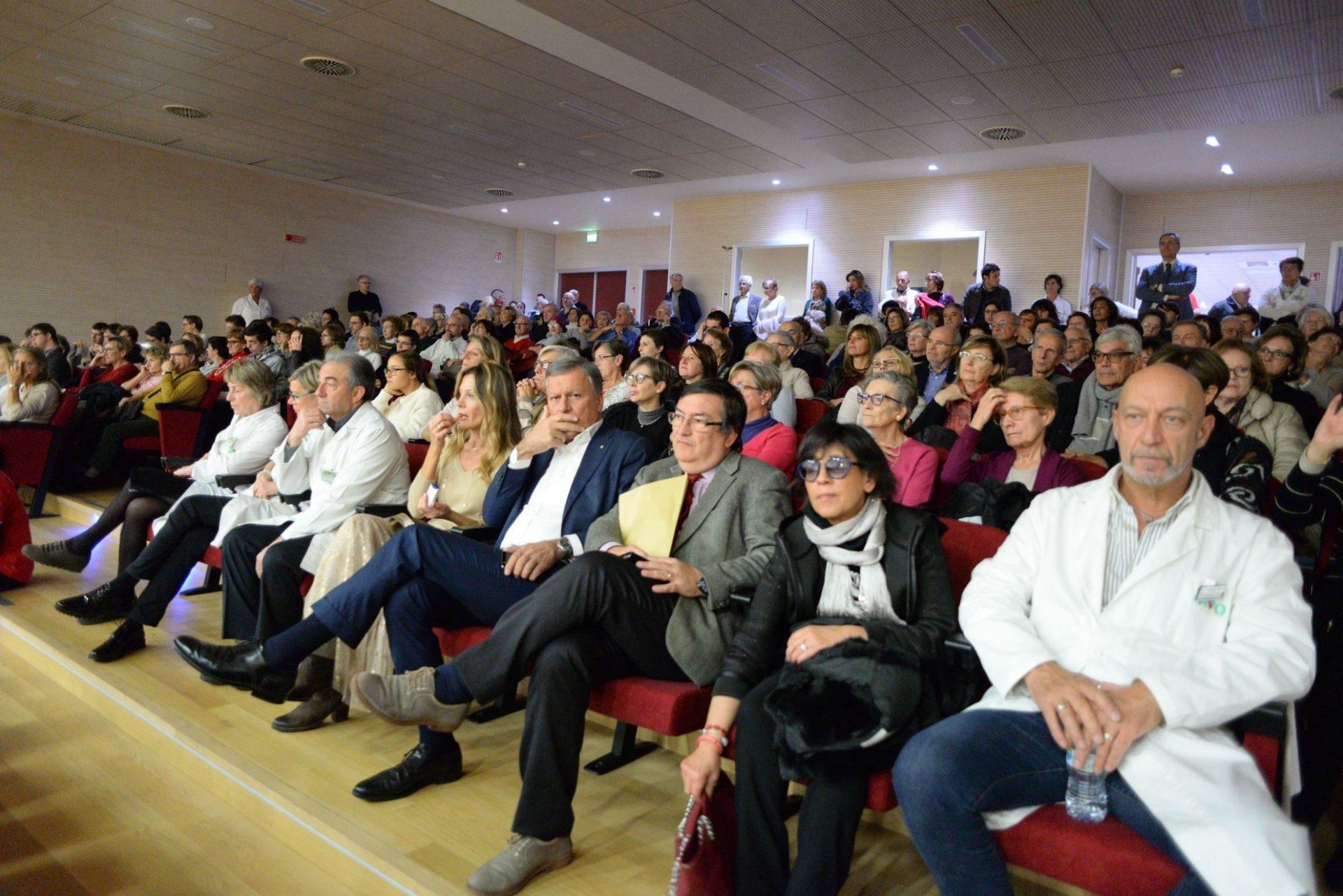 San Gerardo Monza, concerto per i pazienti VIDEO