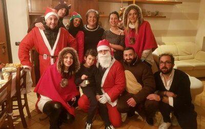 Banda dei Babbo Natale colpisce… al cuore