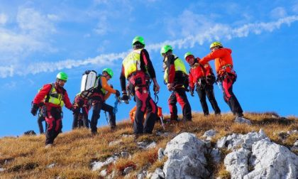 Escursionista 23enne del Milanese precipita e muore sul Due Mani