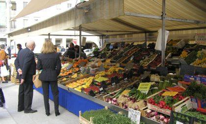 Mercato in centro potrebbe aiutare i negozianti?