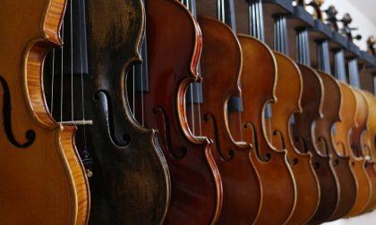 Concerto d'archi e scambio di auguri