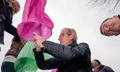 Lanterne colorate per celebrare la pace FOTO