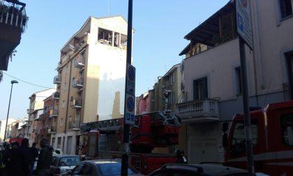Esplosione Sesto San Giovanni il sindaco tra gli sfollati NUOVE FOTO