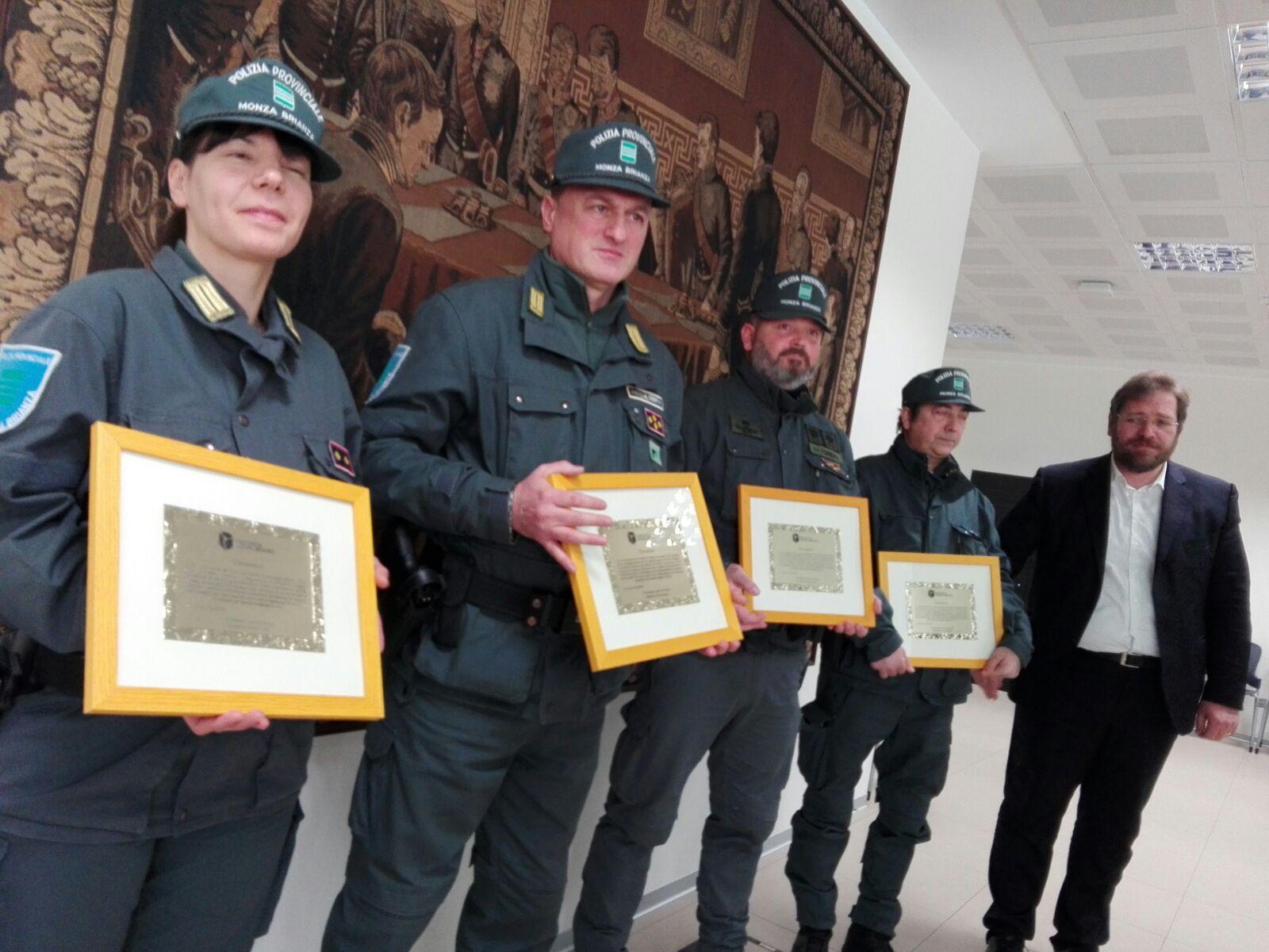 Poliziotti e Gev premiati in Provincia