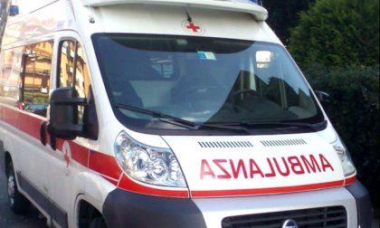 Scontro tra auto a Lazzate: sei persone soccorse tra cui tre minori