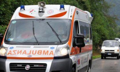 Ambulanza e automedica per una caduta