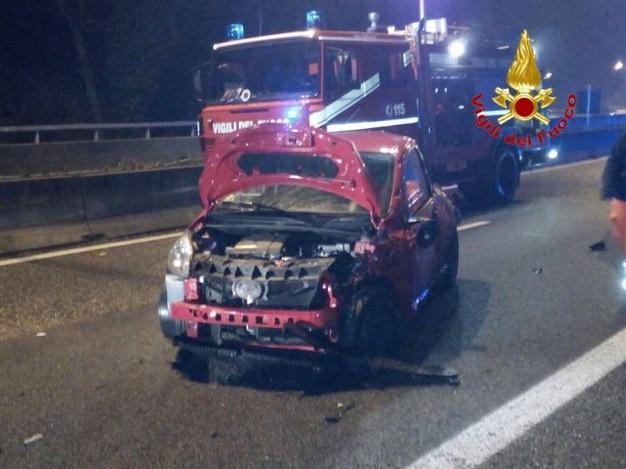 Incidente sulla Milano-Meda tra Meda e Barlassina: morta ragazza di 18 anni